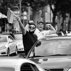 Siegesfeier zur Fuball EM 2016 in Berlin (Agentur snapshot-photography) Tags: auto berlin rot car sport deutschland gold fan europa fussball emotion euro flag europameisterschaft vehicle match fans autos em fahne flagge deu schwarz jubel personen flaggen sieg freude wettbewerb fahrzeuge fahnen korso 2016 pkw siegesfeier publicviewing deutschlandfahne fussballspiel deutschlandflagge personenkraftwagen autokorso fanmeile fussballfan nationalfarben nationalflagge optimistisch fussballfans randbild reaktion nationalfahne fussballmatch guppenbild landesfahne landesflagge nationfahne ffenltich nationafahnen
