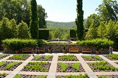 Arboretum (NC) (ToJoLa) Tags: park summer vacation usa fountain garden vakantie colours view asheville northcarolina arboretum zomer tuin kleuren
