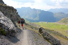 Walking from Flimsattelbahn to Idalp. Ischgl, Paznaun. (elsa11) Tags: flimsattelbahn idalp viderjoch ischgl paznaun paznaunvalley silvrettaarena tirol tyrol austria sterreich oostenrijk alps alpen mountains