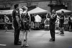 kind police (desmokurt1) Tags: newyork ny usa amerika bw sw fuji fujixt1 kurtessler downtown village menschen people human lexingtonave