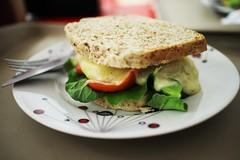 Sanduíche vegetariano natural (Ariane Azevedo) Tags: nature natural goveg vegetariano sanduiche vegetariane