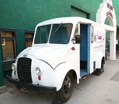 Hollandia Dairy (So Cal Metro) Tags: truck milk sandiego delivery dairy delmar milkman milktruck delmarfair hollandia divco