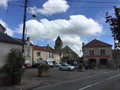 Place Jules Ferry  Saclay (stefff13) Tags: church ferry place plateau jules eglise ville bourg saclay