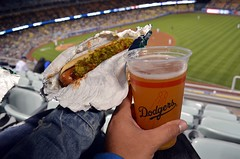 Dodger Dog X Shock Top (chiva1908) Tags: arizona food beer la losangeles baseball stadium cerveza ale foodporn lad belgian bier birra dodgers goodfood diamondbacks mlb dodgerstadium nom dodgersstadium dodgerdog nomnomnom nomnom wdyet shocktop eatgood chiva1908 foodgoon