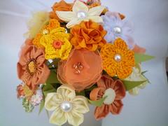 100_4355 (Alba Aragão) Tags: flores fuxico buquê tecido arranjo