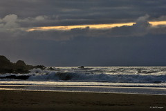 Sin sol (A. del Campo) Tags: sunset sky espaa naturaleza nature water azul atardecer mar agua shoreline asturias playa paisaje cielo nubes olas cantbrico nikond3000