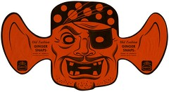Halloween Pirate Mask (Alan Mays) Tags: old food orange black halloween cookies vintage ads paper advertising toys holidays faces pirates teeth illustrations ears ephemera masks gingersnaps mouths advertisements bigears printed companies manufacturers bandanas bakeries nabisco october31 eyepatches papertoys nationalbiscuitcompany diecuts halloweenmasks piratemasks oldfashiongingersnaps