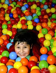 Meu primeiro aniversrio infantil (Eduardo A. Neri) Tags: bolinhas infantil criana festa aniversrio coloridas eduardoaneri