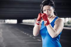 Boxerin (o.tschirner photographie) Tags: portrait beautiful beauty sport model power posing köln boxing fitness kraft fotoshooting boxen