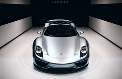 Porsche 918 Re-Edit (Ian. S.) Tags: newyork canon sigma autoshow porsche hybrid 918 5dmkii 50mmart
