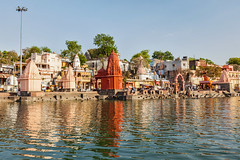 DR_110424_0112.jpg (Dmitry Rukhlenko Travel Photography) Tags: city india architecture river temple indian religion architectural bathing hindu hinduism activities hindutemple ghats ghat placeofworship madhyapradesh ujjain religiousbuilding kshiprariver