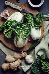Bok choy con soja y jengibre (Soniaif) Tags: verduras vegetables ginger vegetarian soysauce asianfood soja bokchoy vegetariano foodphotography jengibre comidaoriental planocenital fotografaculinaria