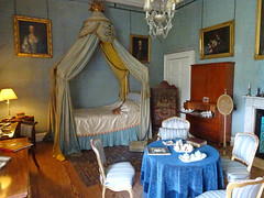 Syon House bedroom (chericbaker) Tags: bed syonhouse shortbed smallbed