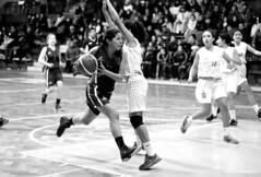 Campeonato Nacional de Bsquetbol U15 (Ricardo Obando) Tags: blancoynegro sports canon 50mm basket parquet deporte sanfernando juego basquet campodejuego bsquetbol deportenacional t5i gimnasiomansodevelasco