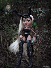 BFF4 | Week 4 | Storytime | Kim Harrison (PancakeBoss) Tags: hot dark moments harrison kim princess time 2006 story mga bratz maleficent edgy fianna reroot