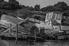 DSC_5897 (Pasquesius) Tags: sea blackandwhite bw boats island mare lagoon barche shipwreck sicily laguna saline sicilia saltponds isola marsala mozia mothia stagnone relitti motya riservanaturaledellostagnone