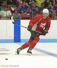 Comm_Ave-2016-5 (Sarah Pietrowski) Tags: hockey icehockey boston bostoncollege bostonuniversity als