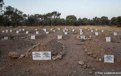 Lesbos: Inoffizieller Friedhof (tim.lueddemann) Tags: lesbos friedhof cemetery inoffiziell tote flchtlinge refugees dead