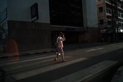 * (Sakulchai Sikitikul) Tags: street snap streetphotography sony a7s voigtlander 28mm thailand hatyai crosswalk