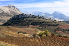 IMG_2971 Country Antequera (at El Torcal) No  2 (jaro-es) Tags: espaa mountains nature canon spain natur natura bergen spanien montaas naturesfinest spanelsko naturewatcher eos70d naturemaster