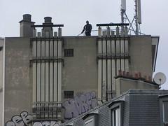 Horf (tofz4u) Tags: roof streetart paris graffiti tag police toit antenne chemine parabole artderue 75011 snipper horfe horphe tireurdlite jesuischarlie