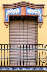 Barcelona - Coroleu 065 b 2 (Arnim Schulz) Tags: barcelona espaa art window architecture liberty ventana spain arquitectura arte fenster kunst catalonia finestra artnouveau gaud architektur catalunya espagne fentre modernismo catalua spanien modernisme jugendstil espanya katalonien stilefloreale belleepoque baukunst