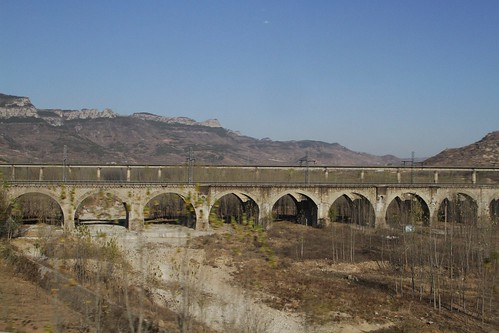 Mix of bridges on the 'old' Shanghai-Beijing railway past Mount Tai
