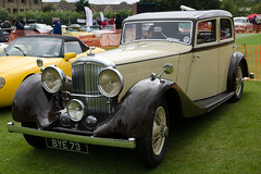 Bentley 3.5 Saloon (1935) (SG2012) Tags: auto classiccar automobile oldtimer oldcar bentley autodepoca motorcar carphoto carpicture cocheclasico voitureclassique carphotograph carimage burleyclassicvehicleshow 17082014 bye73