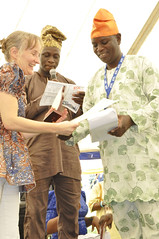 Long service awardee receives certificate of recognition
