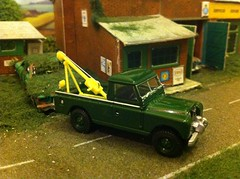 Land Rover Tow Truck (HrExplorer) Tags: green cars car truck rover oxford land tow recovery diecast