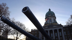 Outside The Imperial War Museum (lcfcian1) Tags: museum war imperial imperialwarmuseum iwm