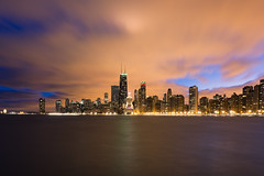 Chicago No. 00677 (benchorizo) Tags: chicago skyline clouds buildings sony lakemichigan iconic banias a6000 benchorizo romeobanias