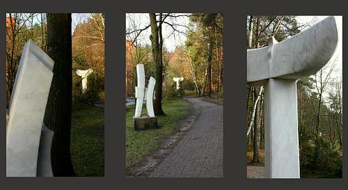 "Hide and Seek - Versteckspiel • <a style=""font-size:0.8em;"" href=""http://www.flickr.com/photos/69570948@N04/16140486379/"" target=""_blank"">View on Flickr</a>"