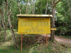 (jhholidays) Tags: road holiday del forest philippines dirt jungle skog signboard 2009 semester norte skylt mindanao grus zamboanga väg djungel filippinerna sibutad