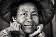 Myanmar, woman with traditional hat (Dietmar Temps) Tags: travel portrait people blackandwhite woman 50mm asia asien southeastasia sdostasien faces burma traditional culture naturallight adventure journey myanmar tradition ethnic burmese birma thanaka ethnology birmanie birmania mianmar bamar ethnie traditionalhat hpaan
