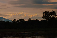 Himalayas (Py All) Tags: park nepal sunset mountain snow montagne river asia jungle asie neige himalaya parc chitwan coucherdesoleil fleuve annapurnas