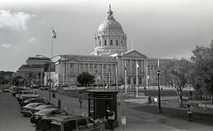 sf city hall 2 (^ Missi ^) Tags: sanfrancisco street film blackwhite cityscapes d76 leicam6 kodaktrix400 leicasummicron35mmf2
