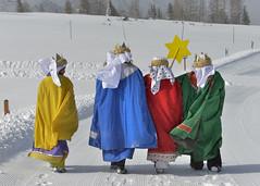Sternsingen_Hinterstoder5 (Katholische Jungschar Österreichs) Tags: schnee sonne sternsingen sternsinger oesterreich oberoesterreich skifahrer hinterstoder ooe heiligedreikönige höss sternsingerin