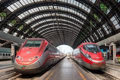 Milano Centrale - ETR500 11 + ETR400 05 (Samuele Poli - SierraAlpha photos) Tags: speed train high 5 milano 11 alta ti volta velocit freccia pietro centrale principale stato fsi trenitalia binari italiane etr500 dello rossa ferrovie tav mennea etr400 frecciarossa1000