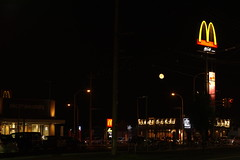Which is the moon? (fukapon) Tags: moon 50mm pentax f14 aomori hirosaki smc fa tweet  k3  smcpfa50mmf14