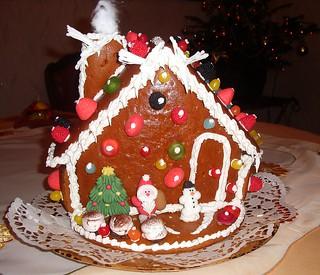 petite maison en pain d'épices !!