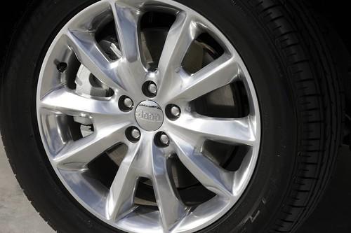review mopar suv motoring roadtest cartest carsguide nrmamotoringservices 2015jeepcherokeereview 4x4offroadimageflickr