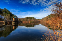 Antietam Dam (GetMeOutofHereTravel) Tags: travel water reflections landscape pennsylvania dam antietam travelphotography landscapephotographer antietamdam
