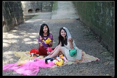 nEO_IMG_DP1U6771 (c0466art) Tags: school girls light portrait canon funny colorful picnic play outdoor gorgeous taiwan charming hight tolls 1dx  c0466art