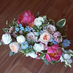 bridal bouquet 05 (Flower 597) Tags: centerpiece corsage weddingflowers weddingceremony boutonniere bridalbouquet weddingbouquet weddingflower floralcrown weddingflorist ceremonyarch flower597 torontoweddingflorist