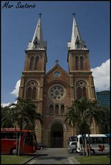 Notre Dame (Mar Santorio) Tags: d50 nikon cathedral notredame vietnam saigon hochiminh notredamecathedral catedraldenotredame