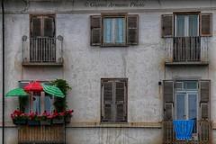 Due balconi colorati (Gianni Armano) Tags: torino photo foto due gianni reale colorati balconi venaria armano