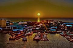 Sunset @ the Royal Naval Dockyard, island of Bermuda, Atlantic Ocean (Lago Tanganyika) Tags: city sunset architecture cityscape boating historical bermuda nautical kingswharf royalnavaldockyard