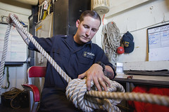 160719-N-TO519-134 (CNE CNA C6F) Tags: training sailors equipment usnavy knots mediterraneansea lhd1 usswasp monkeysfist boatswainsmate amphibiousreadygroup wasparg
