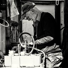 Fibre Blowing (bernerlap) Tags: elements bruce fibreblowing olympusomdem1 niksilverefexpro b4rn keasden mewith